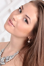 Ukrainian girl Yulia,20 years old with green eyes and light brown hair.