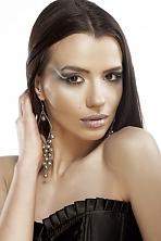 Ukrainian girl Elena,24 years old with brown eyes and dark brown hair.