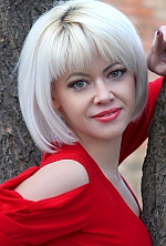 Ukrainian girl Alla,30 years old with green eyes and blonde hair.
