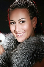 Ukrainian girl Anna,32 years old with brown eyes and dark brown hair.