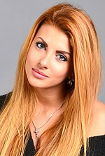 Ukrainian girl Liza,22 years old with blue eyes and light brown hair.