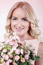 Ukrainian girl Vera,31 years old with blue eyes and blonde hair.