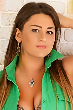 Ukrainian girl Aleksandra,34 years old with  eyes and  hair.