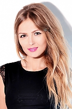 Ukrainian girl Lina,28 years old with brown eyes and blonde hair.