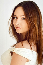 Ukrainian girl Natalia,23 years old with green eyes and light brown hair.