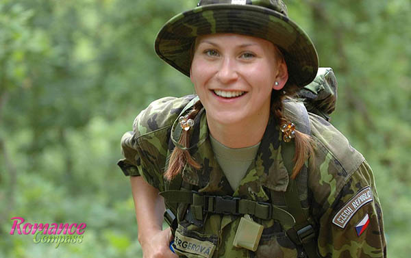 hot army women