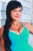 Ukrainian girl Elena,44 years old with brown eyes and black hair.