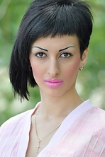 girl Darya, years old with  eyes and  hair.